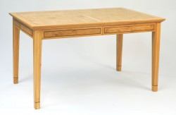 BOW500 Extending Dining Table.