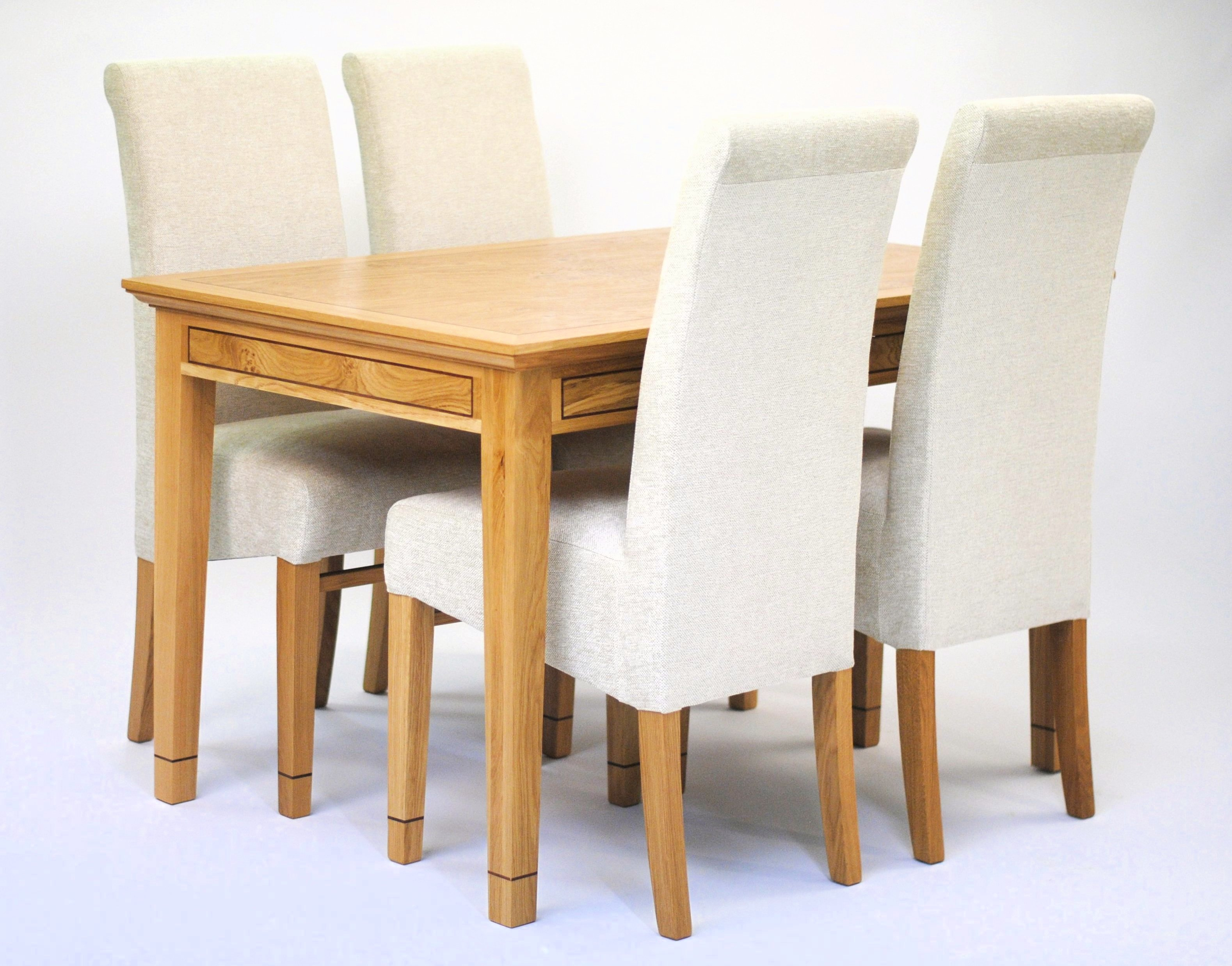 Bow517 Dining Table 4 Chairs